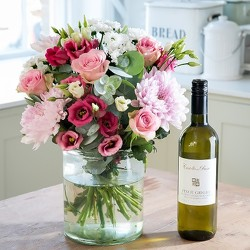 Flowers and Wine from your Sebring, Florida florist