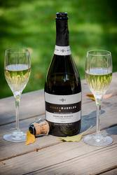 Honey Bubbles Sparkling White Wine from your Sebring, Florida florist